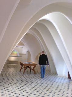 La Pedrera inner arches white