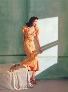 Mariacarla Boscono by Javier Vallhonrat (homage to Edward Hopper) for Fendi and Flair, 2005.