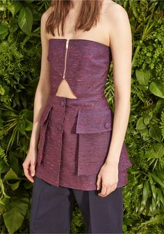 La Resort collection 2015 di Stella McCartney è sbocciata in uno splendido giardino a Elizabeth Street a Manhattan.http://www.sfilate.it/226900/stella-mccartney-fa-sfilare-resort-2015-magica-new-york