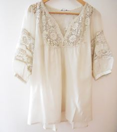Summery white tunic with lace insets