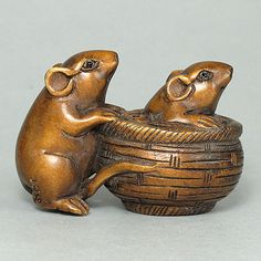 Handcrafted Boxwood Wood Two Rats Netsuke Pendant Charm♦️More Pins Like This At FOSTERGINGER @ Pinterest