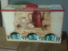 Caja para té Decoupage $270.00, elaborado por Adri. Pedidos por mensaje.