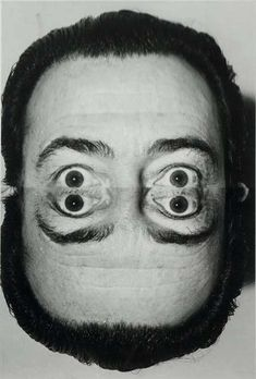 Renown photographer Weegee (Arthur Fellig) takes a surrealistic photo of Salvador Dali Man Ray Photography, Surrealism Photography, Artistic Photography, Portrait Photography, Salvador Dali Photography, Weegee Photography, Experimental Photography, Image Photography, Salvador Dali Art
