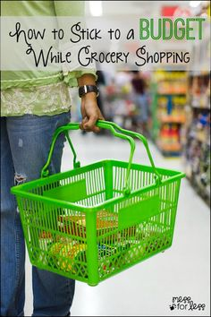 How to Stick to a Budget While Grocery Shopping - Simple tips to help you save money and spend less at the grocery store. VisaClearPrepaid AD