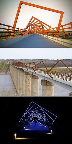 High Trestle Trail Bridge (Boone County, U.S.) designed by David B. Dahlquist, RDG Dahlquist Art Studio.