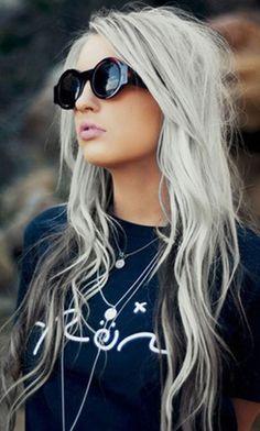 ROCK'N ROLL qui prouvent que les cheveux gris peuvent être super sexy !