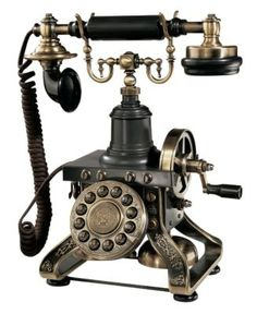 vintage telephone for those of you who know nothing before SmartPhones ; )