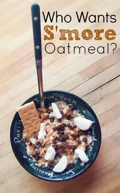 S'Mores Oatmeal Tbsp Mini Dark Chocolate Chips Cup Whole Grain Oats Cup Water 1 Tsp Ground Cinnamon 1 Jumbo Marshmallow (cut up) Large Whole Grain Graham Cracker Healthy Treats, Yummy Treats, Yummy Food, Healthy Eating, What's For Breakfast, Breakfast Recipes, Oatmeal Recipes, Brunch, I Love Food