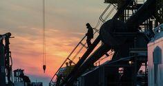 Países no OPEP cumplen el acuerdo Los once países externos a OPEP que participan en el acuerdo para bajar su producción petrolera han cumplido en el 40 por ciento  http://wp.me/p6HjOv-36h ConstruyenPais.com