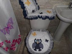 Use E Abuse, Toilet Paper, China, Bathroom, Ideas, Home Decor, Farmhouse Rugs, Wood, Creativity
