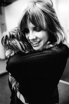 Two of my favourite things - Stevie Nicks and her Yorkie Buckingham Nicks, Lindsey Buckingham, Stephanie Lynn, Stevie Nicks Fleetwood Mac, Women Of Rock, She Wolf, Celebs, Celebrities, Role Models