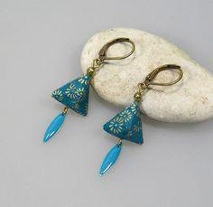 Boucles d'oreilles BERLINGOT origami en papier japonais bleu canard : Boucles d'oreille par terredepassion