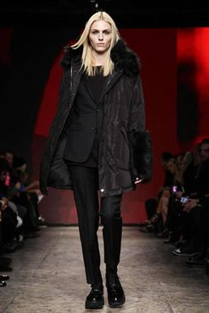 DKNY Ready To Wear Fall Winter 2014 New York - NOWFASHION