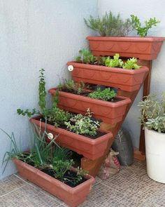 Veg Garden, Vegetable Garden Design, Garden Boxes, Diy Planters Outdoor, Garden Planters, Cinderblock Planter, Garden Crafts, Garden Projects, Garden Shelves