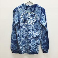 Ivory Ella - Good Clothes for a Good Cause. Blue Tie Dye Shirt, Tie Dye Hoodie, Tie Dye Shirts, Cotton Shirts, Blue Long Sleeve Shirt, Long Sleeve Tops, Elephant Shirt, Elephant Stuff, Navy Blue Shirts