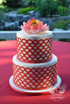 Red Scalloped Patterned Lotus Cake