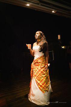 Jolie robe de mariée et ajout de madras carraibean wedding gown Mariage antillais en Bretagne - My Cultural Wedding Chic