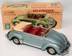 Vintage Battery Op Tin VW Volkswagen Beetle Bug
