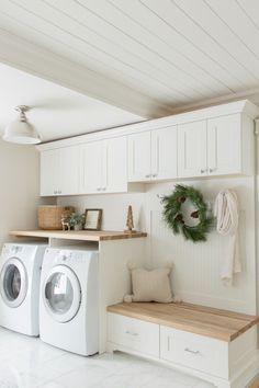 laundry room ideas, laundry room organization, laundry room design, laundry room decor ideas laundry Best Laundry Room Decorating Ideas To Inspire You - Page 28 of 53 - VimDecor Dream Laundry Room, Home, Room Inspiration, Cozy House, Home Remodeling, Farmhouse Laundry Room, Laundry In Bathroom, Room Makeover, Room Design