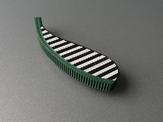 ANNE FINLAY-UK- Stripey brooch with green, 2011, corrugated cardboard