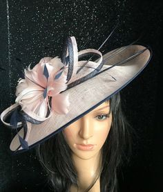 0fbdffed NIGEL RAYMENT PINK AND NAVY WEDDING ASCOT DISC FASCINATOR Mother The Bride  Hat | eBay