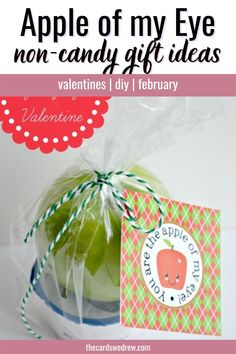 Looking for non candy valentines ideas to give to kids? This apple of my eye Valentine printable is FREE and perfect Valentine's day crafts for kids. There are different color options available for the Valentines prints. Download it here!