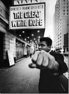 """The Cinematix app keeps you up to date on important events in history, like on this day February 25th, 1965: Muhammad Ali fights Sonny Liston,This Day In History """" channel on the Cinematix app! >https://play.google.com/store/apps/details?id=com.bwm.cinematix"""