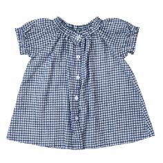 She needs more gingham (everyone does).