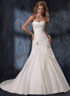Gorgeous!!! Maggie Sottero Melissa Wedding Dress, sweetheart neckline, A-Line, Curve hugging  $520
