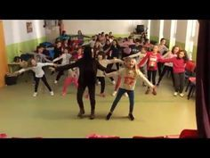 COREOGRAFÍA AMIGOS DEL CORAZÓN. DÍA DE LA PAZ 2016 - YouTube Zumba, End Of Year, Music Class, Too Cool For School, Just Dance, Musicals, Peace, Songs, Education