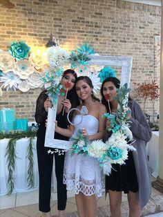 Frame prop wedding