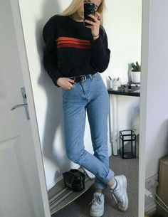 Imagen de fashion, jeans, and outfit casual grunge outfits, hipster girl ou Grunge Style Outfits, Mode Outfits, Fall Outfits, Casual Outfits, School Outfits, Womens Fashion Outfits, Fashion Women, Teenage Outfits, Fashion Trends