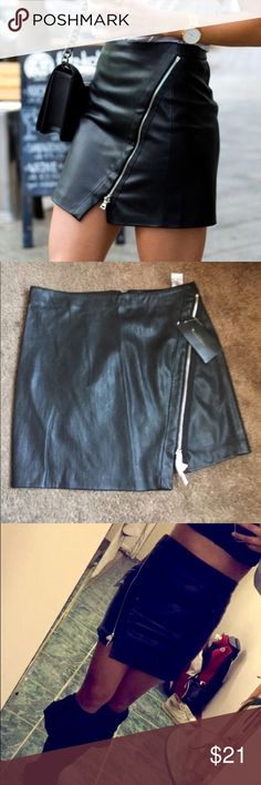 "Leather skirt Zara black leather skirt. Size Small, never worn. It's big on me, 30"" waist and 16 1/2 length. Runs big. Tags are still attached. Trying to get rid of it. Zara Skirts Mini"