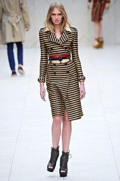 9d65afc41ae8 Burberry Prorsum Spring 2012 RTW - Runway Photos - Fashion Week - Runway
