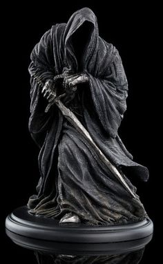Faceless beings of fear and dread, the nine Nazgžl, or Ringwraiths, were undead servants of...