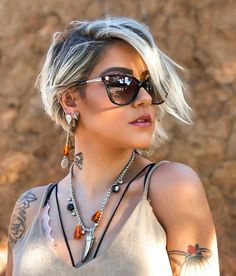 Stylish Short Bob Haircuts for Women. Short bob haircuts are an immortal look that can be worn by everybody relying upon the cut. Bob Haircuts For Women, Short Pixie Haircuts, Girl Haircuts, Short Hairstyles For Women, Hairstyles Haircuts, Cool Hairstyles, Pixie Haircut Long, Haircut Bob, Hairstyle Short