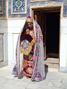 Central Asia | Portrait of an Uzbek bride wearing traditional clothes, Uzbekistan #bridal #wedding