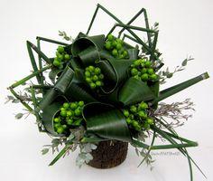 Aspidistra Loop Bouquet