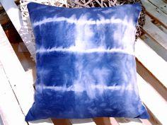Tie dye cushions Window Displays, My Design, Tie Dye, Cushions, Diy, Fashion Design, Women, Style, Throw Pillows