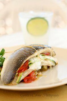 Greta's corner: Sandwich di branzino con pomodorini confit, bufala e julienne di zucchine