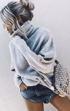 cozy outfit _ knit sweater + bag + denim shorts