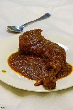 Kolhapuri Murgh Masala / Kolhapuri Chicken Curry