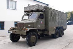Legenda neumiera: V armáde stále kraľuje stará známa V3S-ka Bus Engine, Army Vehicles, Camper Ideas, Old Cars, Cars And Motorcycles, Techno, Automobile, Trucks, Retro