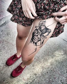 The blackwork tattoos done in 2016 are absolutely mouth watering! Here is a collection of the best blackwork tattoos done this year! Harley Tattoos, Harley Quinn Tattoo, Harley Y Joker, Sexy Tattoos, Body Art Tattoos, Sleeve Tattoos, Tattoos For Women, Joker Tattoos, Sketch Tattoo Design