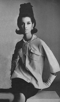 Veronica Hamel for Vogue 1964, photo Irving Penn