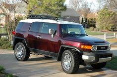 Toyota FJ.  Just like mine!  Can't wait to get some extras for it!