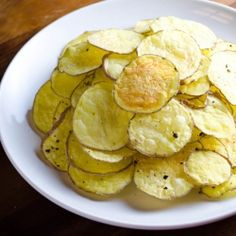 These crunchy and delicious and healthy potato chips are made in the microwave and they take 3-4 minutes to make!