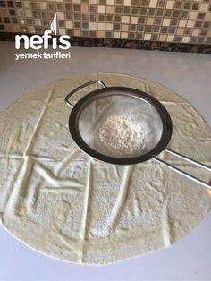 Teremyağlı Ispanaklı Çıtır Börek - Nefis Yemek Tarifleri - nurten çelik Yogurt, Plates, Cooking, Tableware, Kitchen, Food, Karma, Tiramisu, Pies