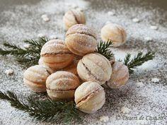 fursecuri nuci de craciun Nutella, Romania Food, Romanian Desserts, Easy Sweets, Christmas Desserts, Christmas Recipes, Christmas Cookies, Cupcake Cakes, Cupcakes