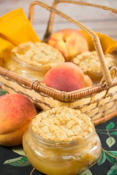 Of all the homemade pie recipes out there, we are hooked on peach, and for a good reason! One, it's delicious, and two. it's delicious! We feel this fact is reason enough to make this Perfect Peach Pie Mason Jar Recipe every chance you get. Mason Jar Desserts, Mason Jar Meals, Meals In A Jar, Mason Jars, Summer Dessert Recipes, Fruit Recipes, Easy Desserts, Jar Recipes, Salad Recipes